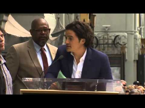 Orlando Bloom thanks ex Miranda Kerr at star ceremony