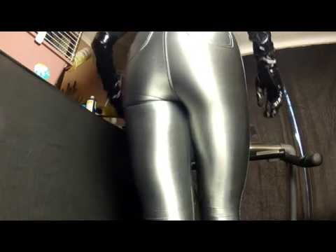 Run 31 tight spandex disco jeans and high heels