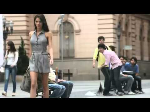 Girls are Getting Hotter & Hotter – Axe Chill Collection TV Commercial 2014