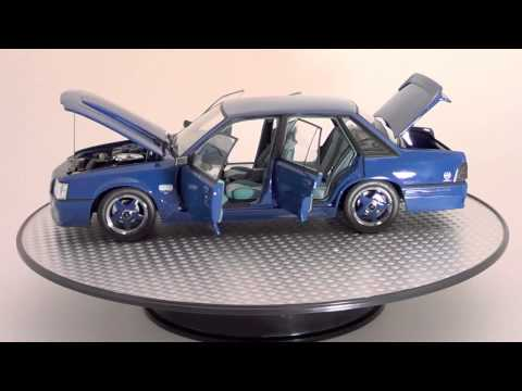 Holden VK Commodore SS LE Group 3 – 1:18 Diecast Model