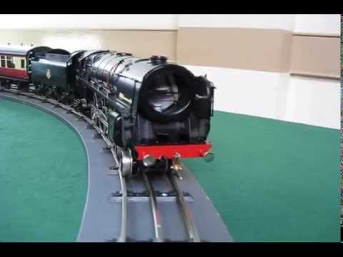 O Gauge Ace Trains at Rugby Vintage May 2014 with 70000 Britannia Class OO 00