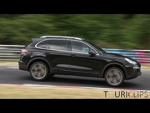 2015 Porsche Cayenne Turbo spied testing on the Nürburgring!