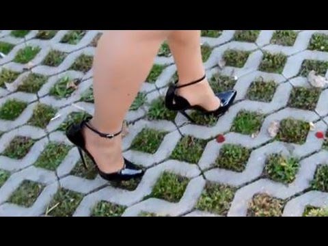 How to walk in extreme fetish high heels 6,7 inch whitout platform slow motion