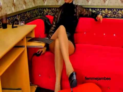 Wonderful crossed legs with grace pantyhose shoes