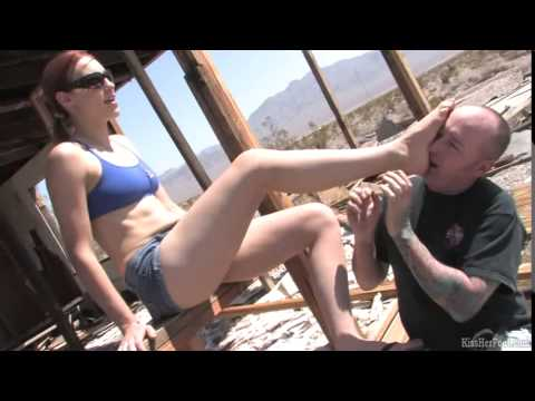 KissHerFoot site – preview foot fetish clips