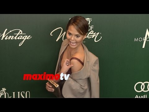 Christine Teigen | 2014 Power of Women Luncheon | Arrivals