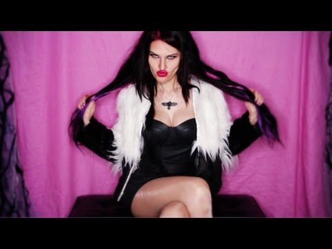 ROCK FASHION DIVA! Leather Furry Outfit