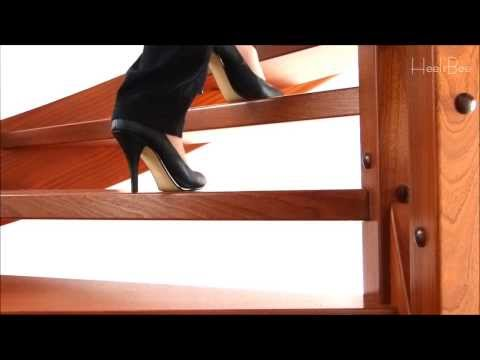 High Heels on Monday in 10 Seconds # -Up Stairs