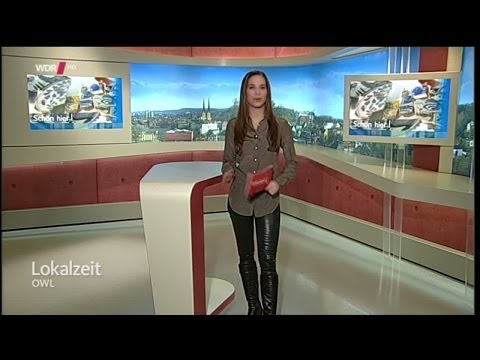 Kristina Sterz   tight black Leather Pants & Knee Boots 15 02 2014