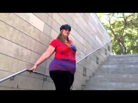 Exclusive behind the scene footage with plus size Model Claudia Floraunce
