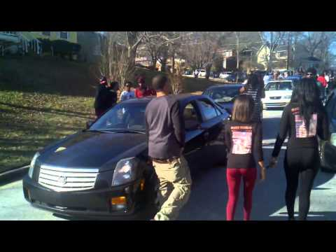 Slim Dunkin old block turns into party!! RIP Dunk    Investing information