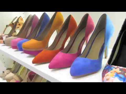 High-Heeled Shoes Can Cause Foot Problems