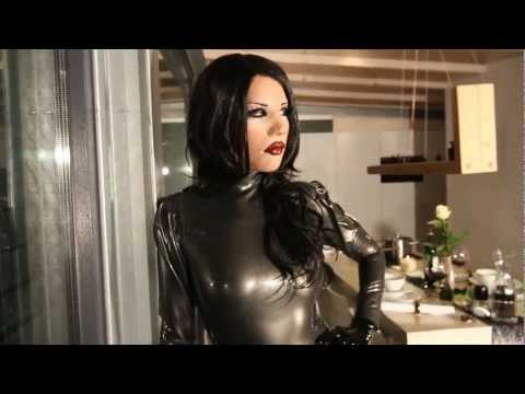 lovely latex doll Mia – THE RENDEZVOUS