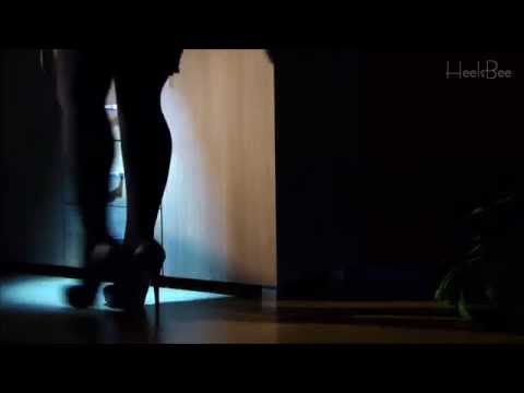 High Heels on Monday… in One Take #23 – Burglar on High Heels